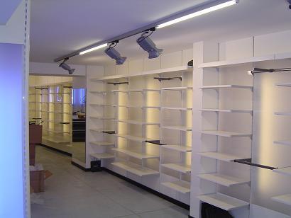 volledige eigen lichtstudie winkel installatie volledige elektriciteit met stroomberekening installatie verlichting muziekdistributie